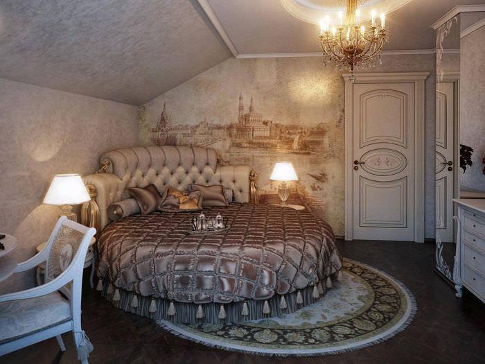 Круглая кровать в классическом стиле