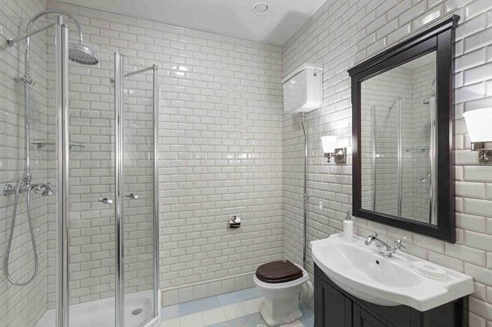 Дизайн ванной с туалетом в классическом стиле