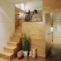 Узкий коридор в квартире-студии
