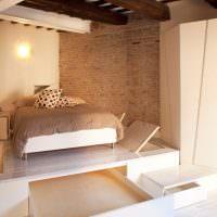 Подиум для кровати с люками из фанеры