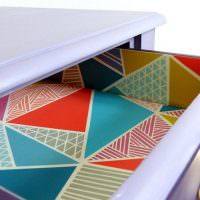Оклейка внутренней поверхности выдвижного ящика разноцветной пленкой