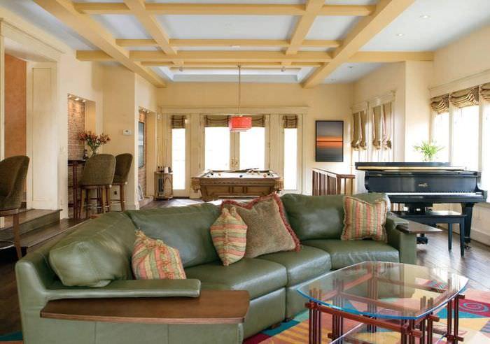 Оформление зоны отдыха в гостиной частного дома
