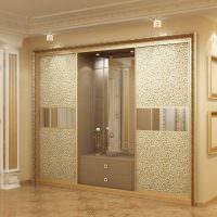 Дверцы классического шкафа с пескоструйным рисунком