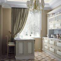 Итальянская гардина в классической кухне