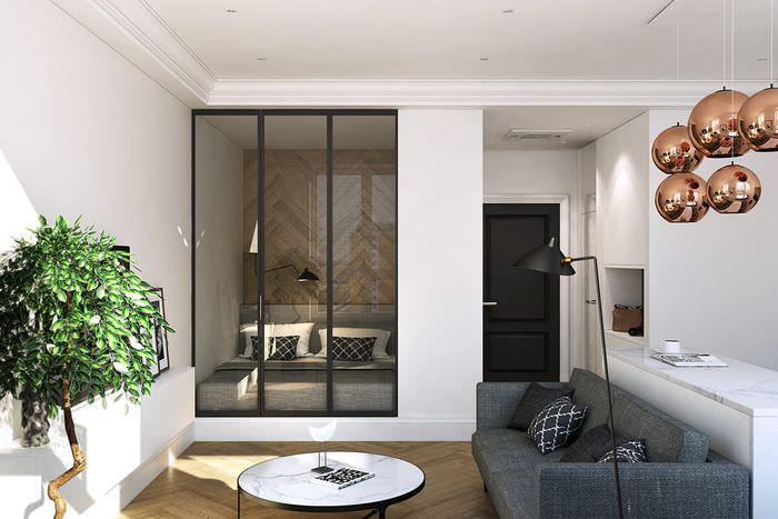 Спальная зона за стеклянной раздвижной перегородкой
