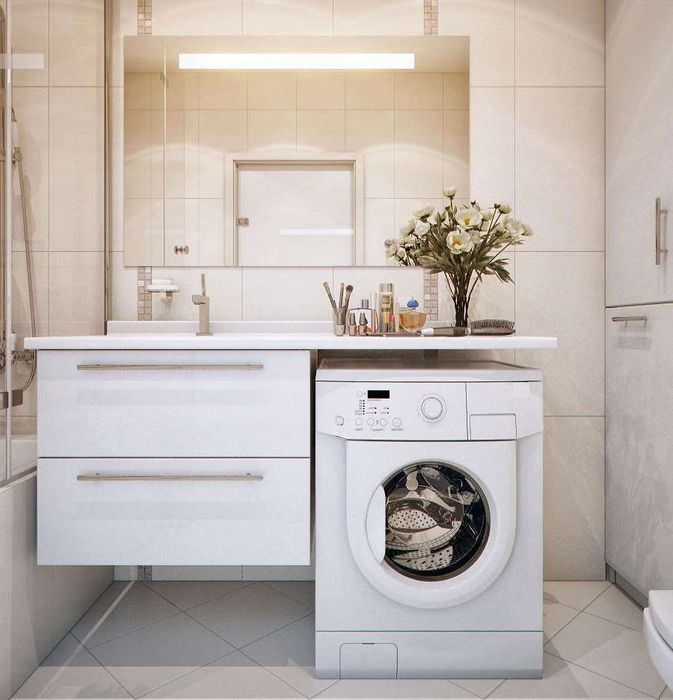 Место для стиральной машинки в совмещенном санузле