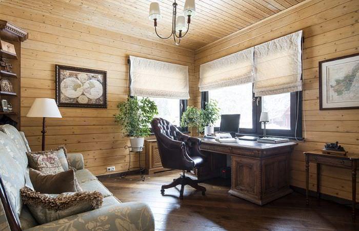 Дизайн рабочего кабинета в доме из бруса
