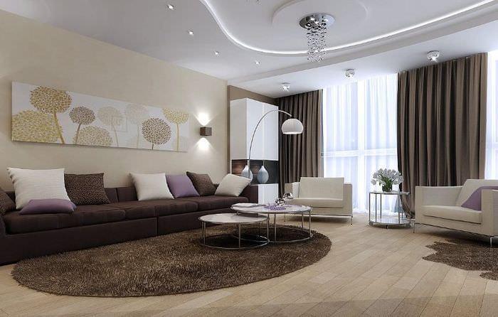 Дизайн гостиной с темными шторами