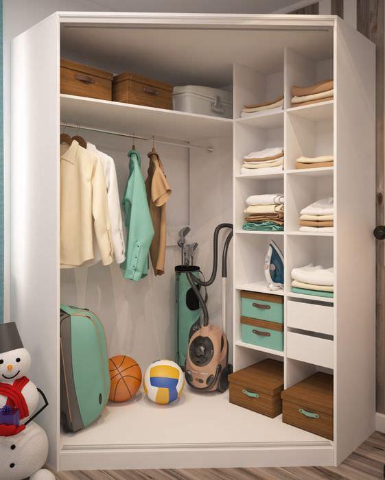 Дизайн углового шкафе-купе с пятью стенками