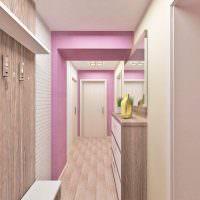 Розовый цвет в интерьере узкого коридора