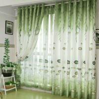 Зеленые шторы с переходом тона