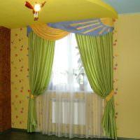 Желтые стены в интерьере детской комнаты