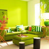 Дизайн современной гостиной в зеленом цвете