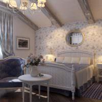 Спальня девушки в классическом стиле