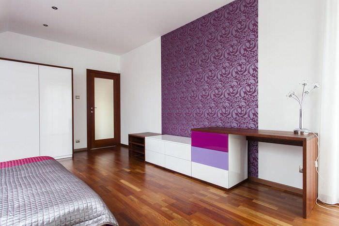 Зонирование спальной комнаты с помощью обоев