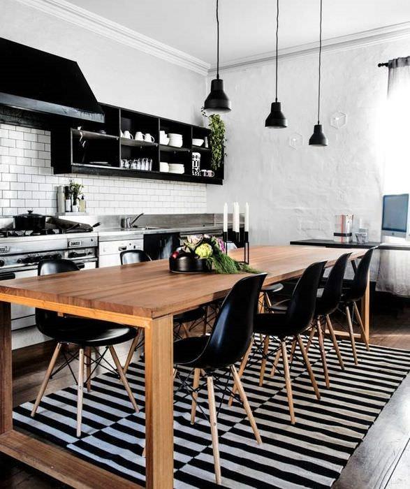 Черно-белая кухня в скандинавском стиле