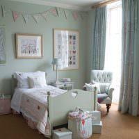 Детская мебель в светлой комнате