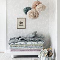 Бумажные шары в декоре детской комнаты