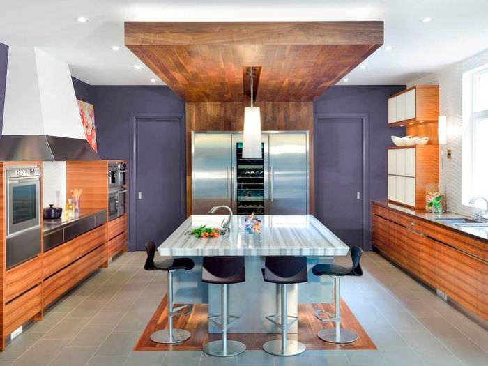 Использование ламината для отделки пола и потолка кухни