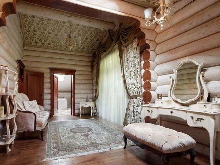 Интерьер дома из бревен в классическом стиле
