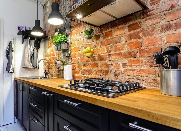 Кирпичный фартук на кухне в стиле лофт