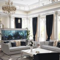 Черные шторы в светлой гостиной