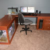 Рабочее место с письменным столом