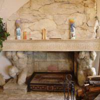 Декор камина в древнегреческом стиле