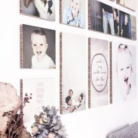 Объемный фотографии на стене жилой комнаты