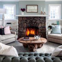 Оформление места для отдыха в гостиной частного дома