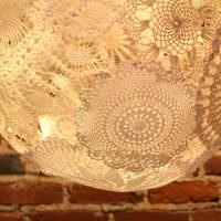 Плафон светильника из кружевных салфеток