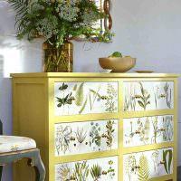 Декупаж старого комода рисунками растений