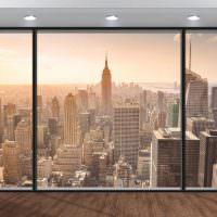 панорамное окно из фотообоев в интерьере гостиной