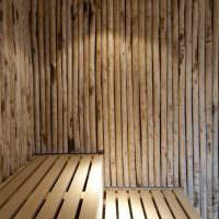 Комбинированная отделка парилки в частной бане