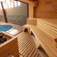 Интерьер современной сауны с бассейном