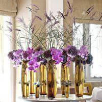 Сиреневые цветы в домашнем интерьере