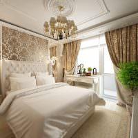 Белая кровать в комнате девушки