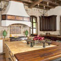 Комбинированная столешница кухонного острова