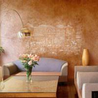 Художественная роспись стен в интерьере жилой комнаты