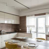 Отделка стен кухни деревянными рейками