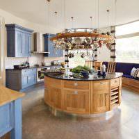 Деревянный кухонный остров круглой формы
