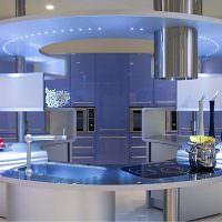 Фиолетовая кухня в необычном исполнении