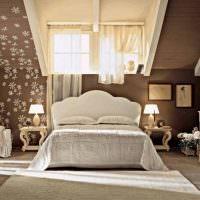 Дизайн спального помещения в мансарде