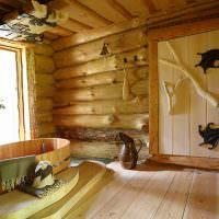 Деревянная ванна в бревенчатом доме