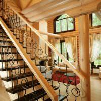 Маршевая лестница в деревянном доме