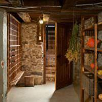 Каменный подвал частного дома