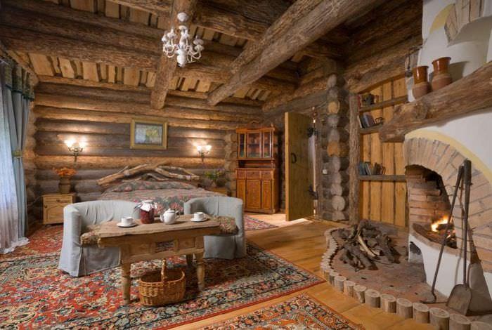 Интерьер комнаты для отдыха в срубовой бане