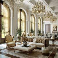 Парадный зал загородного дома в классическом стиле
