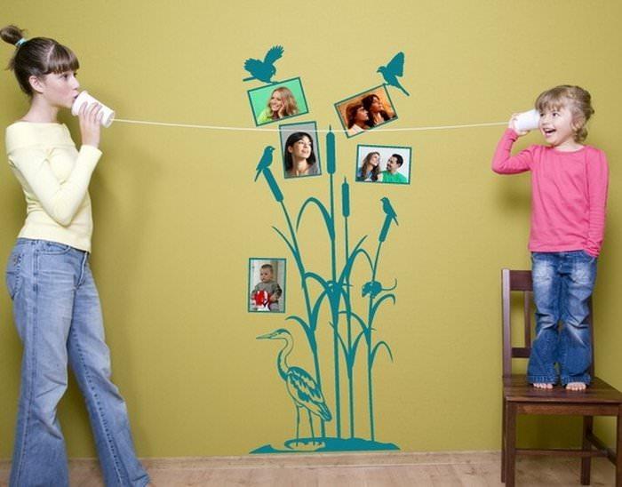 Нарисованный камыш с любимыми семейными фотоснимками