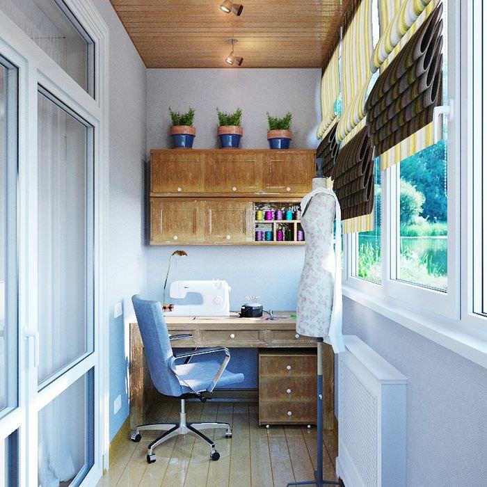 Организация мастерской для швеи на балконе или лоджии